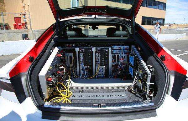 아우디의 자율주행 컴퓨터 시스템